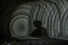 all'interno delle gallerie