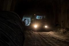 macchinari in movimento nelle gallerie